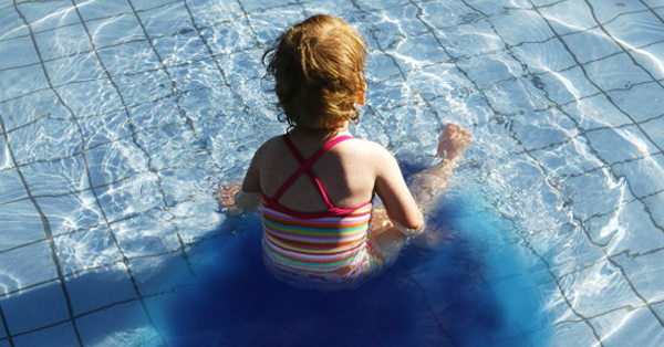 poll finds most parents believe urine detecting pool dye myth